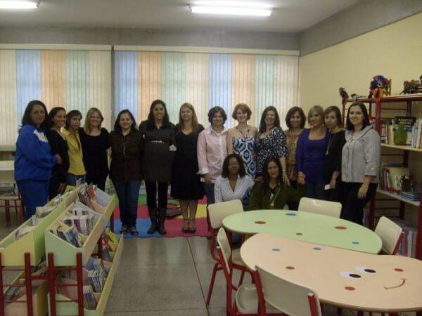 Professores e equipe gestora da creche, EMEIEF e Centro Comunitário que compunham o CESA Cata Preta