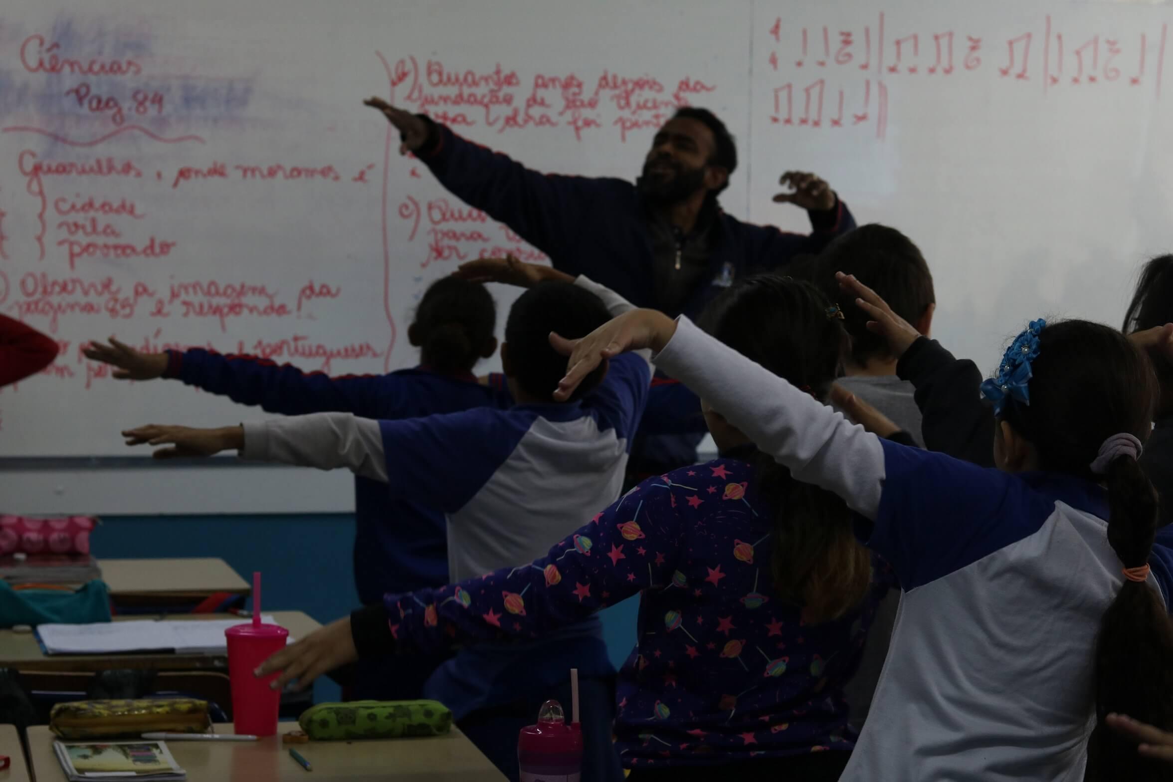 6 redes públicas de ensino celebram 1 ano de Formar
