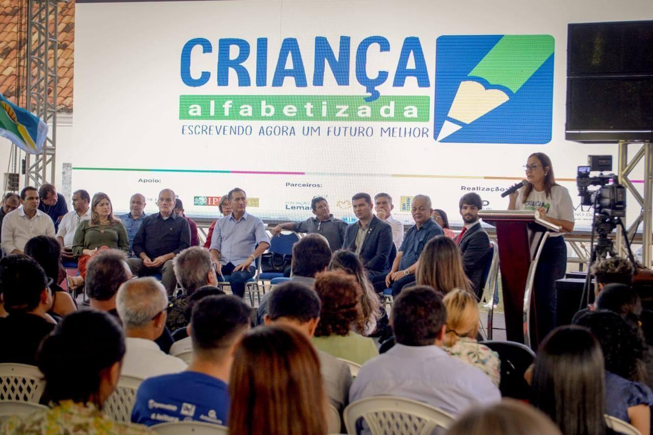 Amapá lança programa de Alfabetização