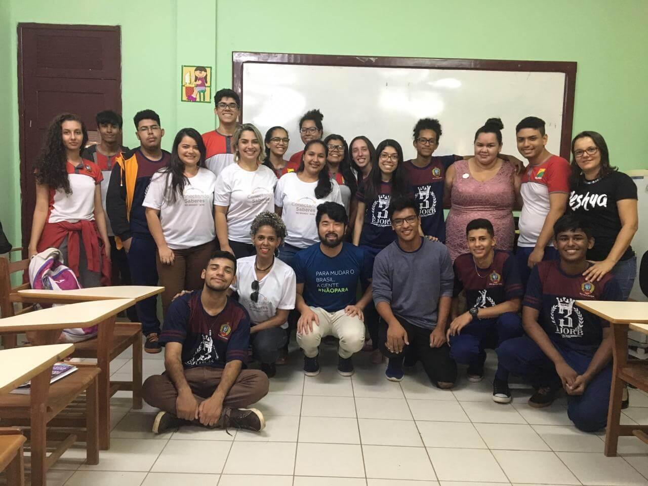 Professores criam iniciativa para ajudar alunos no ENEM