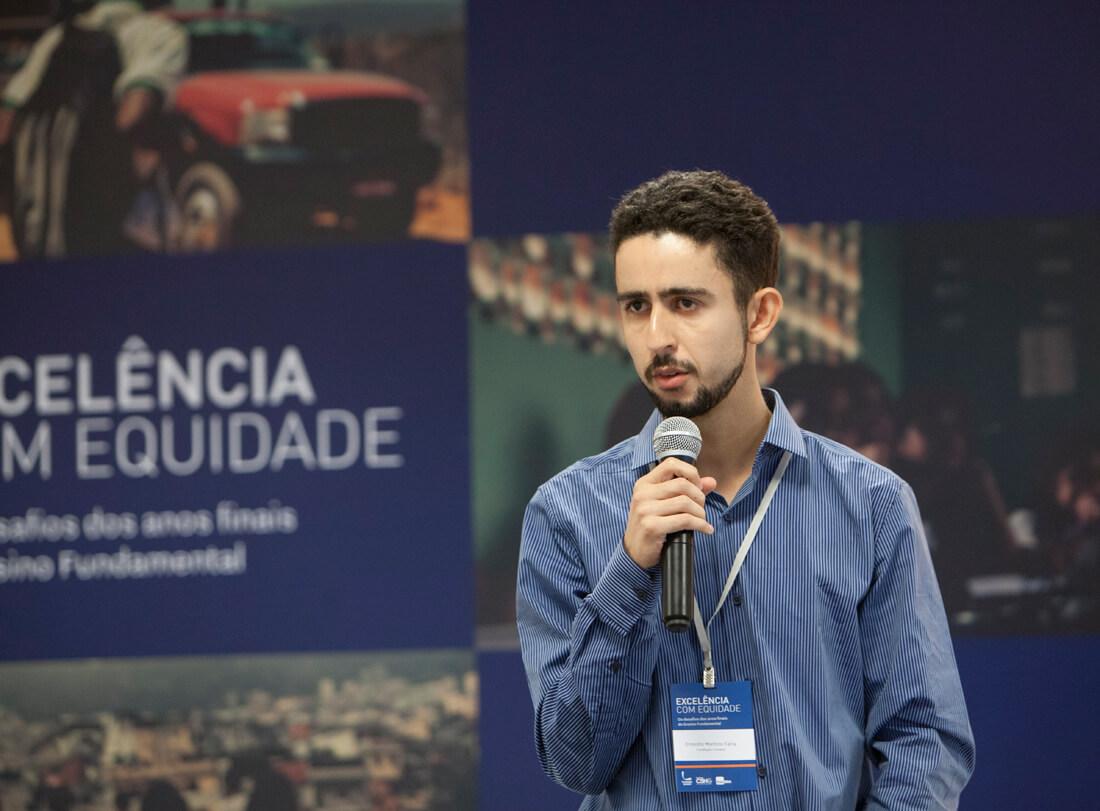 'As oportunidades que tive vieram pela educação'