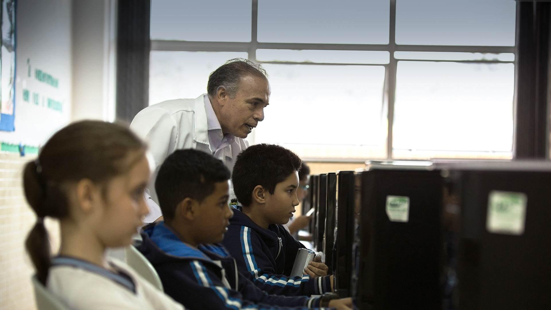 Conectividade nas Escolas