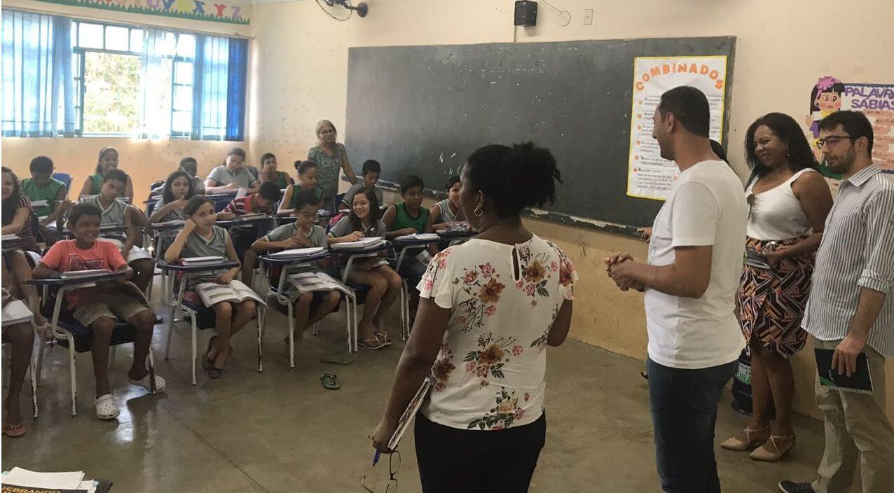 Redes públicas de ensino recebem apoio pela aprendizagem