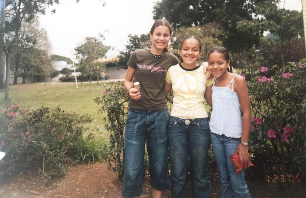 Em 2004, Paty e suas irmãs