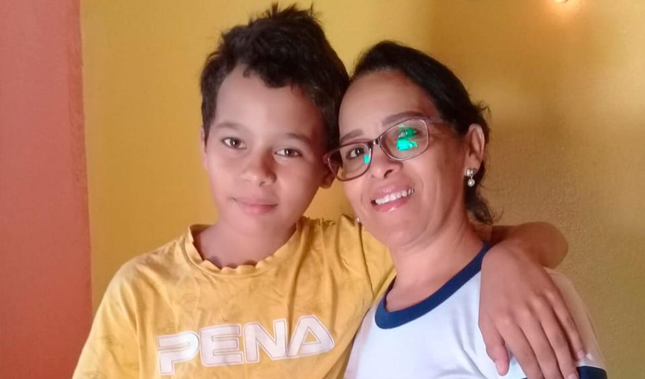 Antônio Levi e tia Dinha, sua professora