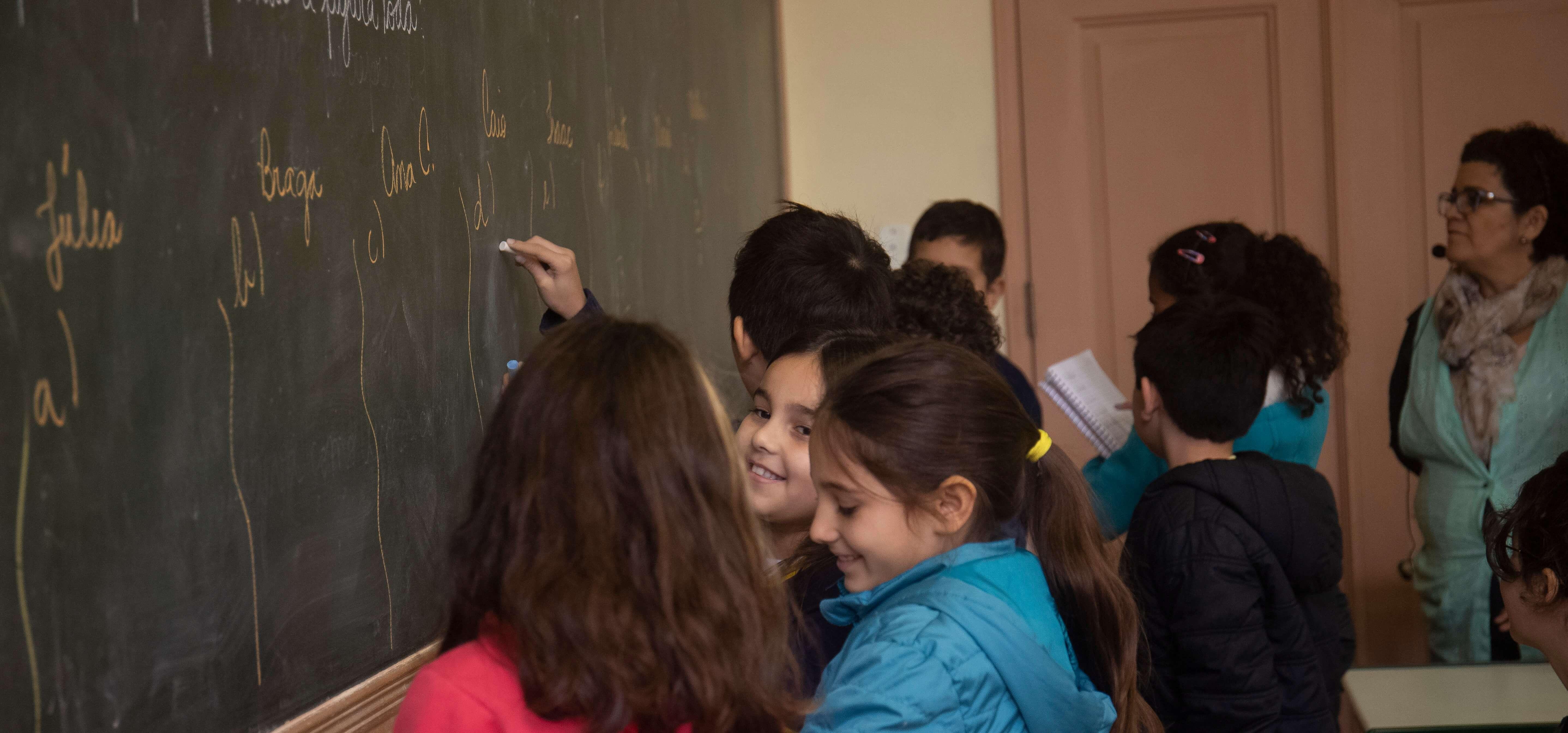 Dia da Alfabetização: desafios e avanços pela aprendizagem
