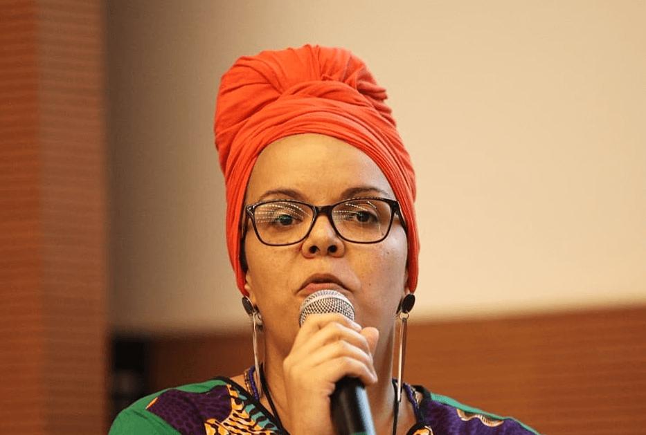 'Educação é o meu escudo para enfrentar as violências'