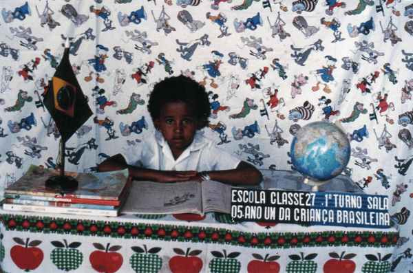 Gina durante a época da escola