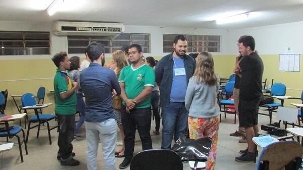 Conexões: Rodolfo em um dos encontros da Conectando Saberes