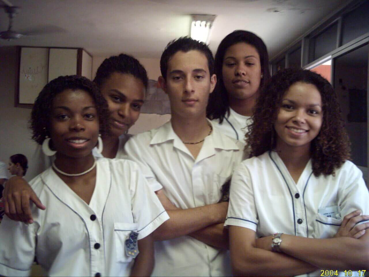 Deborah e suas amigas no 3º ano do Ensino Médio