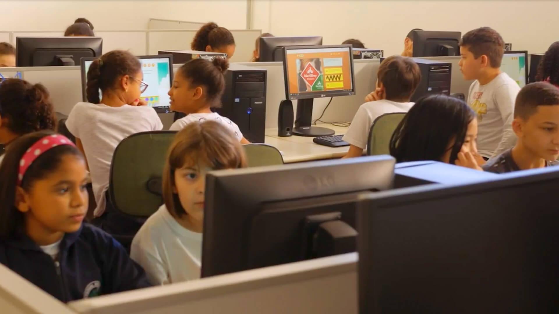 Programa Escolas Plugadas